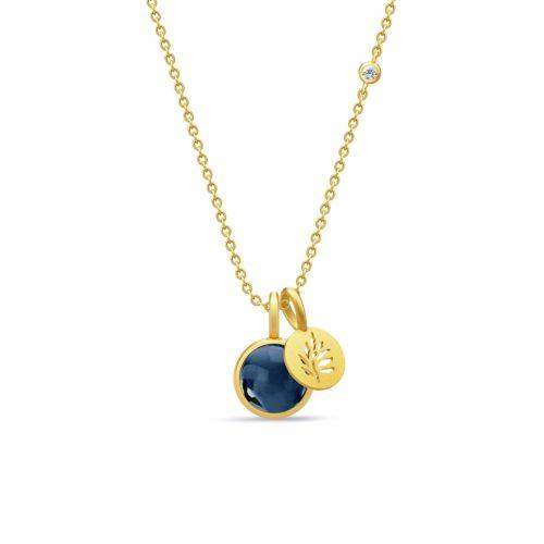 PRIMINI signature halskæde 60cm i forgyldt sølv med sapphire blue crystal.