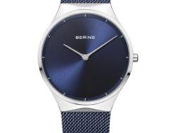 Bering Time unisex ur i stål med meshlænke og blå skive.