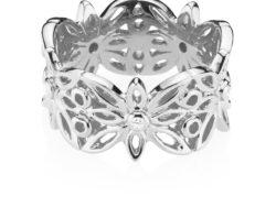 "Izabel Camille ""Blossom"" ring i sølv med syntetiske zirkonias."