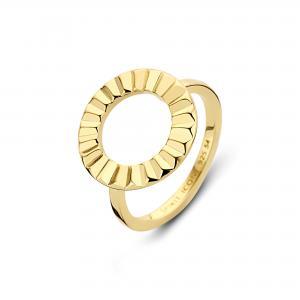 """Spirit Icons """"Peak"""" ring i blankt forgyldt sølv. Ringen har en stor cirkel på toppen med mønster som ligner bølger."""