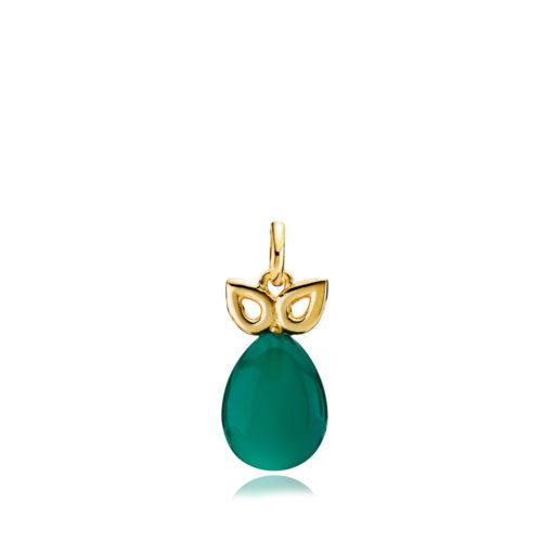 """Izabel Camille """"Scarlet"""" vedhæng i forgyldt sølv. Vedhænget er med en grøn onyx og med en gulddetalje over stenen."""