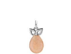 """Izabel Camille """"Scarlet"""" vedhæng i sølv. Vedhænget er med en ferskenfarvet månesten og med en sølvdetalje over stenen."""