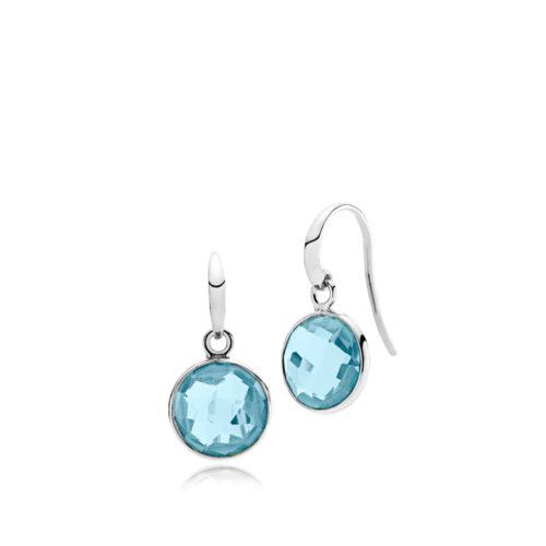 """Izabel Camille """"Prima Donna"""" ørehænger i sølv med lyseblå sten. Stenen er 11 mm."""