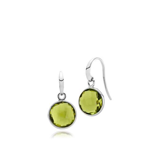 """Izabel Camille """"Prima Donna"""" ørehænger i sølv med peridot grøn syntetisk sten. Stenen er 11 mm."""
