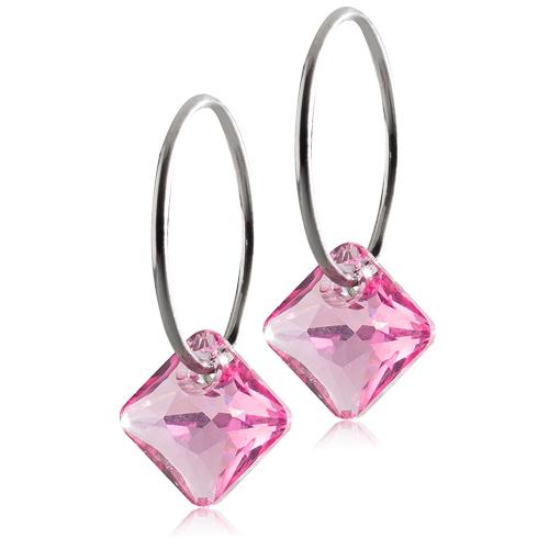 Blomdahl Medical titanium creol med pink crystal. Creolen er 14 mm og vedhænget er 9 mm.